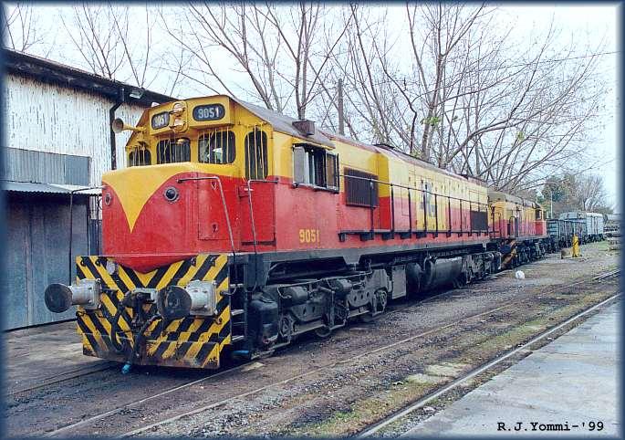 El juego de las imagenes-http://flavam.com/museo_ferroviario_ranchos/9051-en-1999.jpg