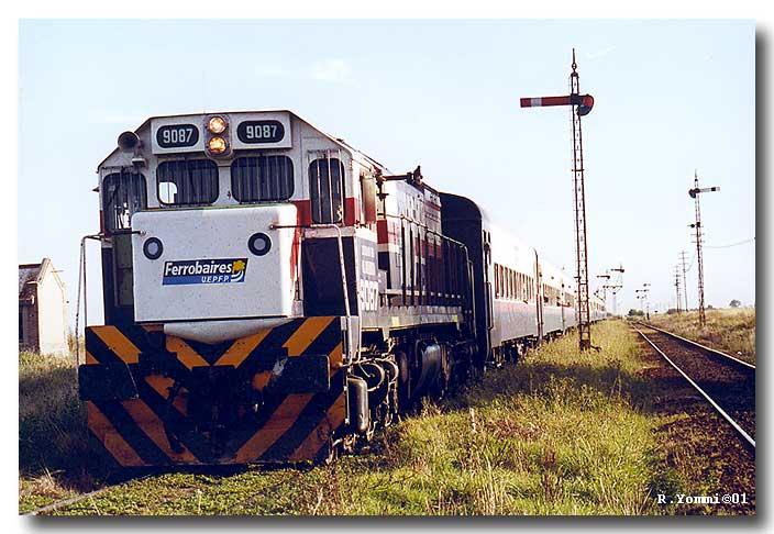 Locomotora 9087